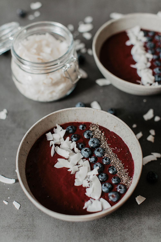 smoothie bowl heidelbeeren