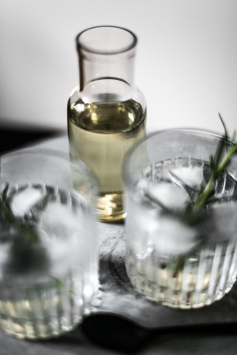 rosmarin-sirup-selbst-gemacht.-gin-tonic